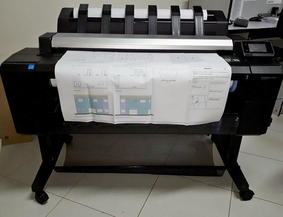 Plotter HP Designjet T2530 é impressora, copiadora e scanner de grande formato, até o tamanho A0