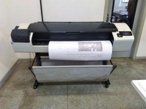 Impressora Plotter Usada HP Designjet T1300 em Cotia, Estado de São Paulo