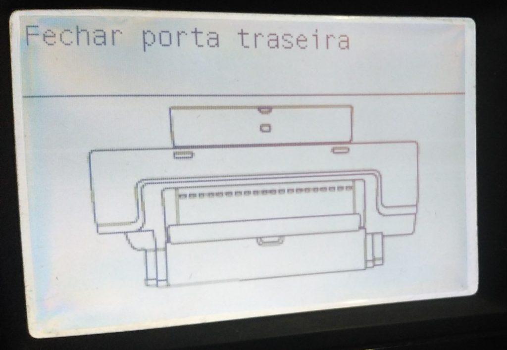 Mensagem no painel de plotter HP: Fechar porta traseira